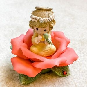 Precious Moments Red Rose 🌹 of Love ❤️ Figurine